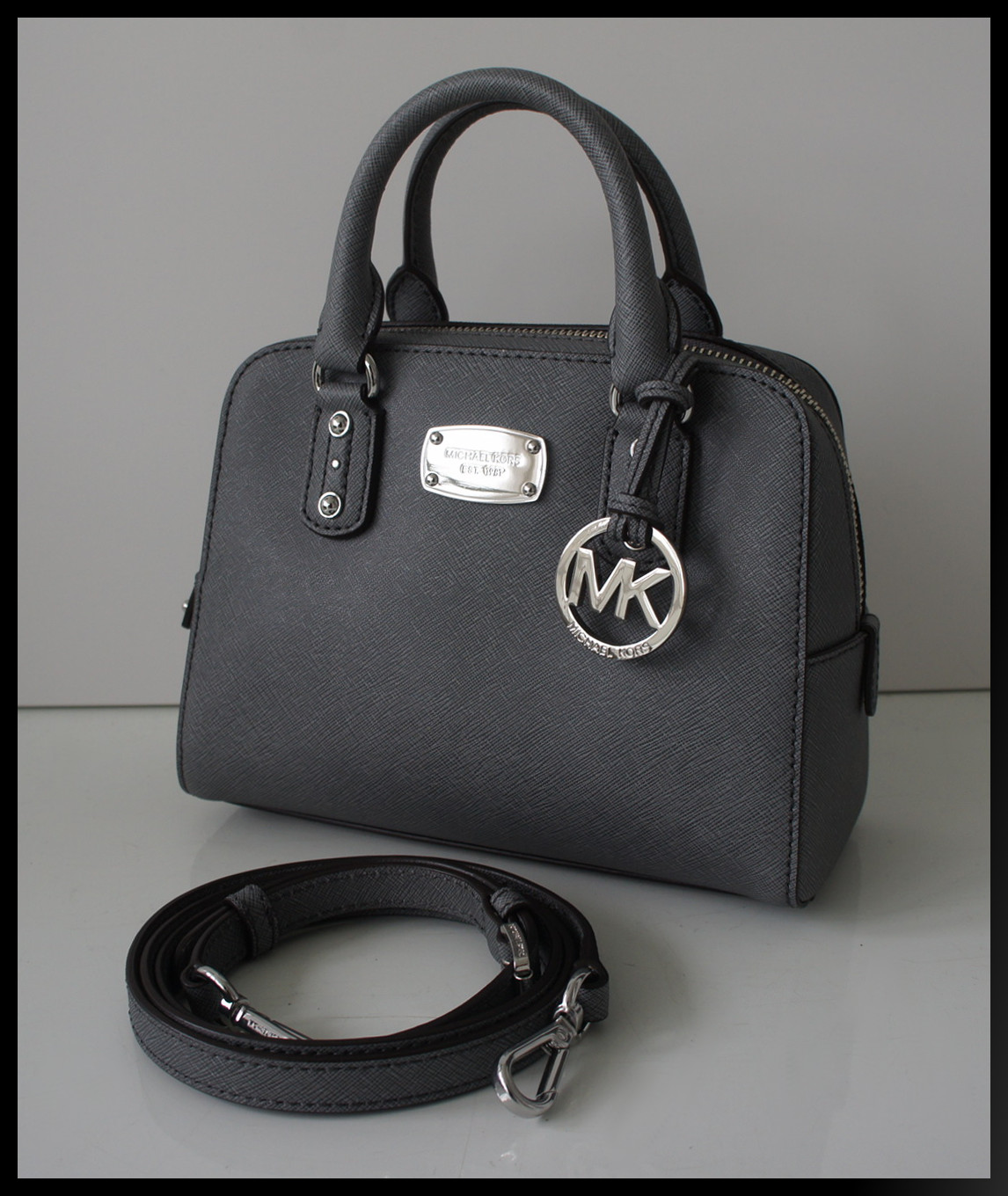michael kors handtasche grau file michael kors selma lg tz satchel handtasche 25 best ideas. Black Bedroom Furniture Sets. Home Design Ideas